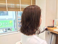 ボリューム出にくいブリーチ毛にデジタルパーマをかけました。